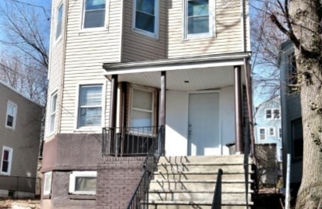 23 SEYMOUR AVE - 23 Seymour Avenue, Newark, NJ 07108