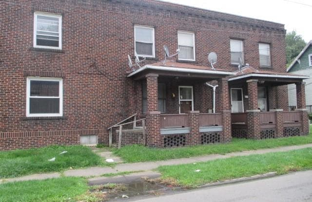 1693 Mahoning Ave - 1693 Mahoning Avenue, Youngstown, OH 44509