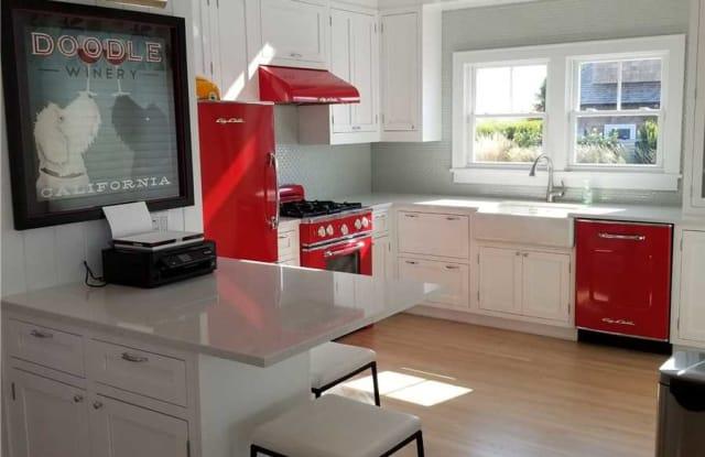 10 Captree Island - 10 Captree Island, Oak Beach-Captree, NY 11702