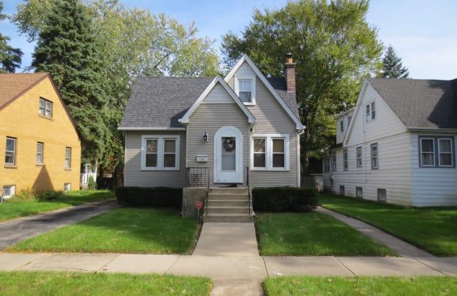 1291 Center Street - 1291 Center Street, Des Plaines, IL 60018