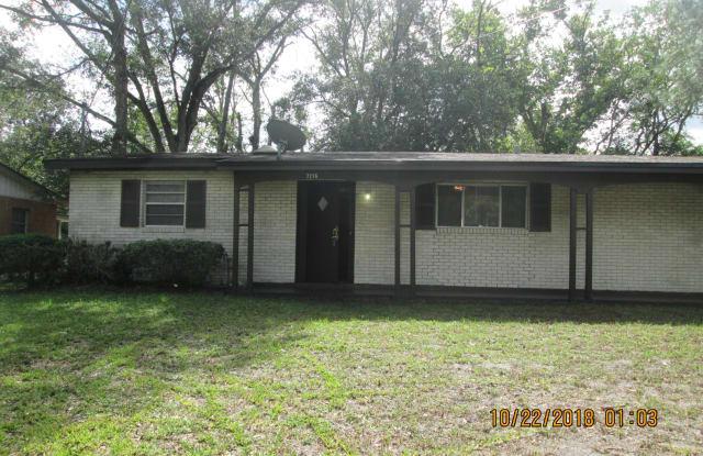 7216 KARENITA DR - 7216 Karenita Drive, Jacksonville, FL 32210