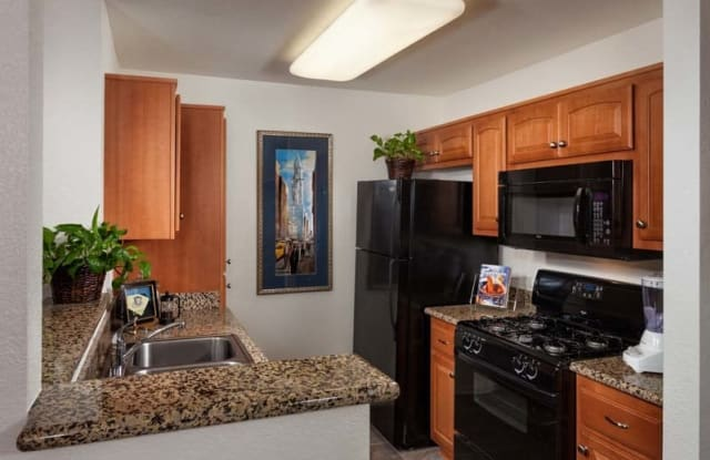 Evergreen Park Apartments - 9130 Kiefer Blvd, Rosemont, CA 95826