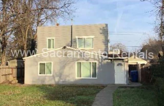 2225 18th Avenue #2 - 2225 18th Avenue, Sacramento, CA 95822