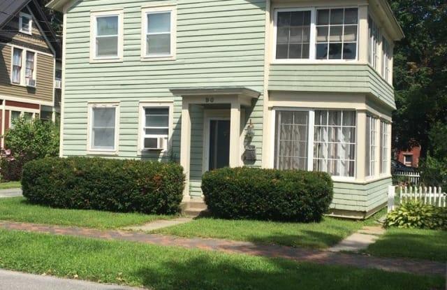 90 LUDLOW ST - 90 Ludlow Street, Saratoga Springs, NY 12866