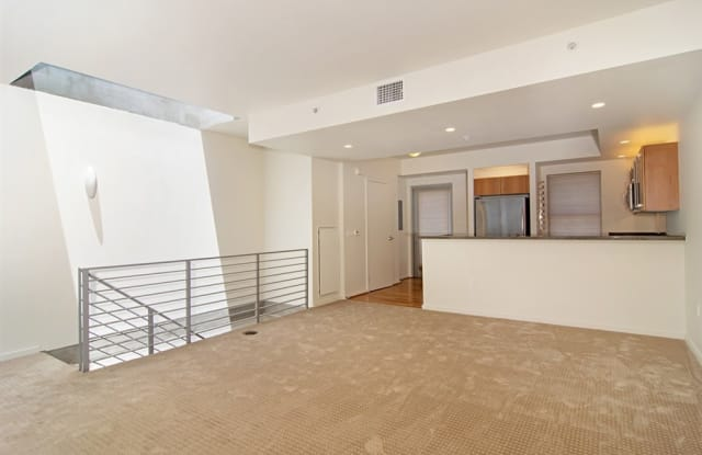 321 10th Ave - 321 10th Ave, San Diego, CA 92101