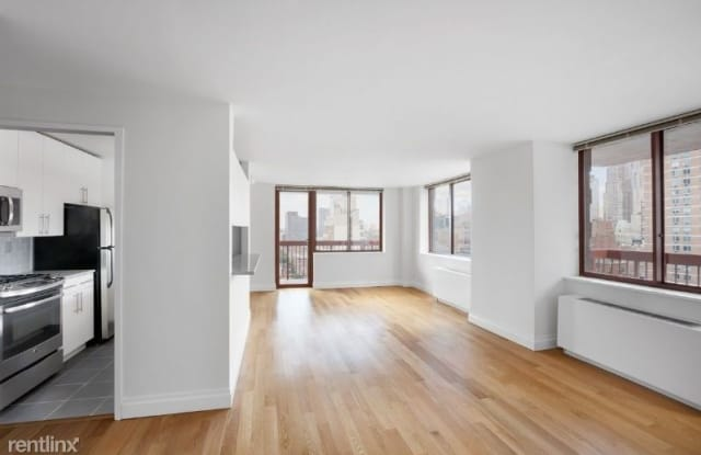 260-260 West 52nd St - 260 W 52nd St, New York, NY 10019