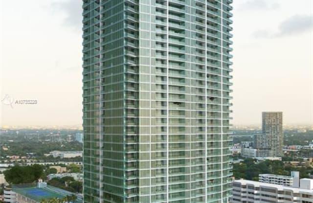 2900 NE 7TH AVE - 2900 Northeast 7th Avenue, Miami, FL 33137