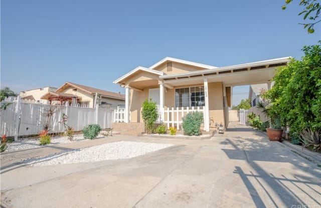 1733 W 37th Place - 1733 West 37th Street, Los Angeles, CA 90018