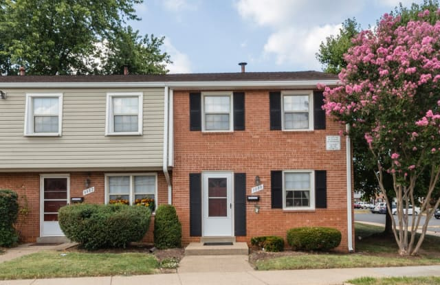 Westgate Apartments & Townhomes - 8025 Ashland Ave, Manassas, VA 20109