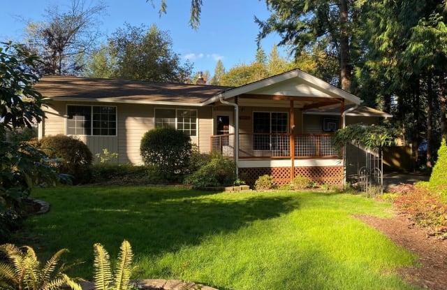 16038 SE 142nd Pl - 16038 Southeast 142nd Place, Renton, WA 98059