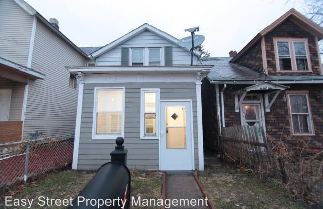 1424 W. 3rd St. - 1424 West 3rd Street, Davenport, IA 52802