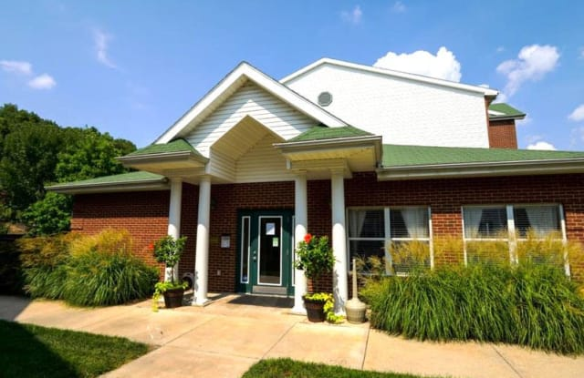 Park Commons - 600 Park Commons Ct, Valley Park, MO 63088