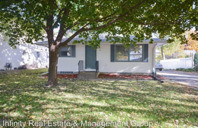 410 12th Ave NW - 410 12th Avenue Northwest, Rochester, MN 55901