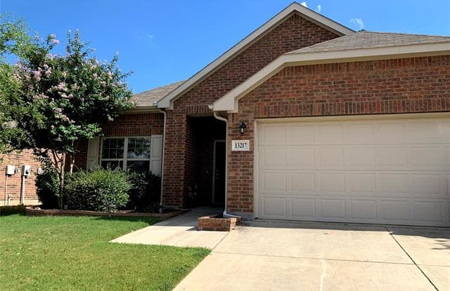 13217 Larks View Point - 13217 Larks View Pnt, Fort Worth, TX 76244