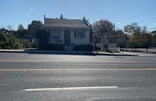 9401 HARFORD RD - 9401 Harford Road, Carney, MD 21234