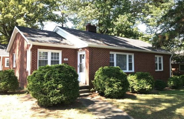 1402 W. Davis Street - 1402 West Davis Street, Burlington, NC 27215