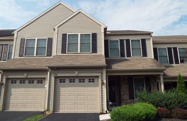 690 Stoverdale Rd - 690 Stoverdale Road, Dauphin County, PA 17036