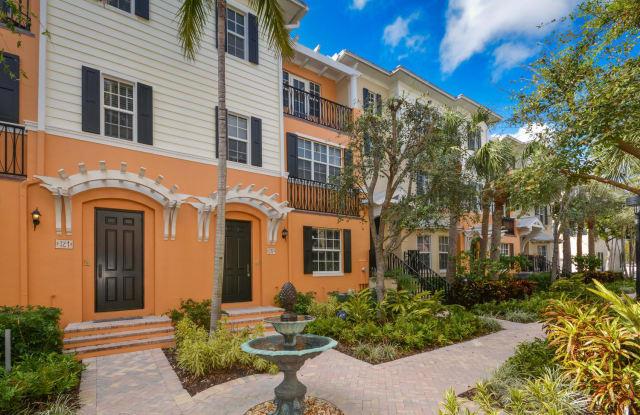 317 W Mallory Circle - 317 West Mallory Circle, Delray Beach, FL 33483