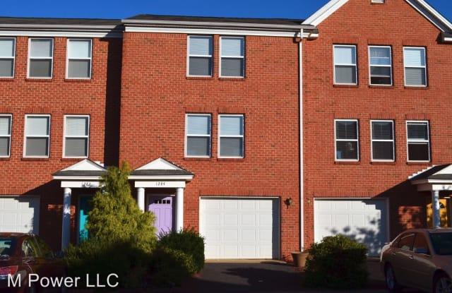 1284 Old Richmond Cr. - 1284 Old Richmond Circle, Harrisonburg, VA 22802