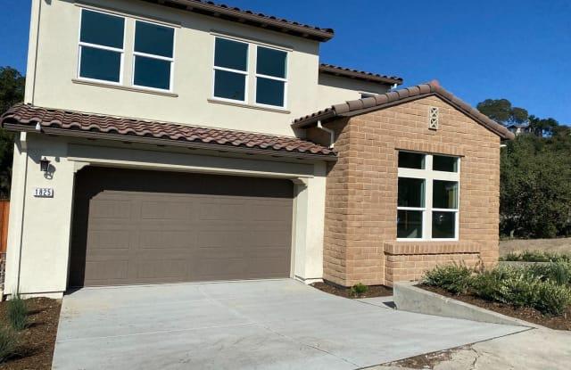 1825 Bella Vista Way - 1825 Bella Vista Way, Santa Rosa, CA 95403