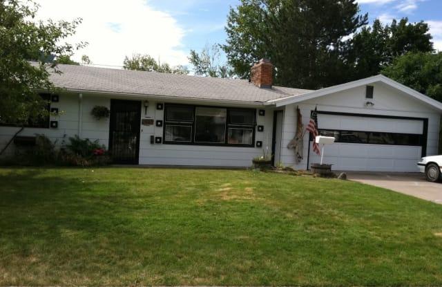 915 Dixon Avenue - 915 Dixon Avenue, Missoula, MT 59801