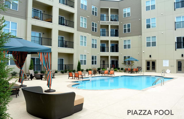 Piazza on West Pine II - 3941 West Pine Boulevard, St. Louis, MO 63108