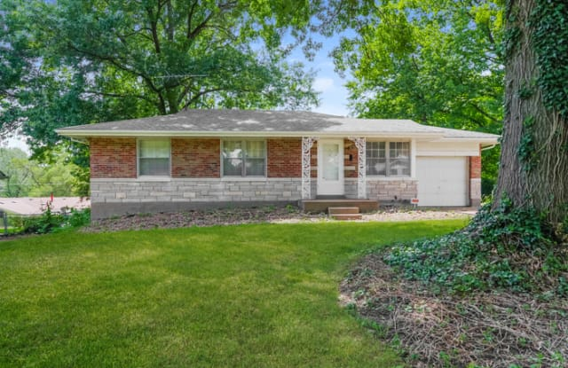 9725 Griffin Drive - 9725 Griffin Drive, Bellefontaine Neighbors, MO 63137