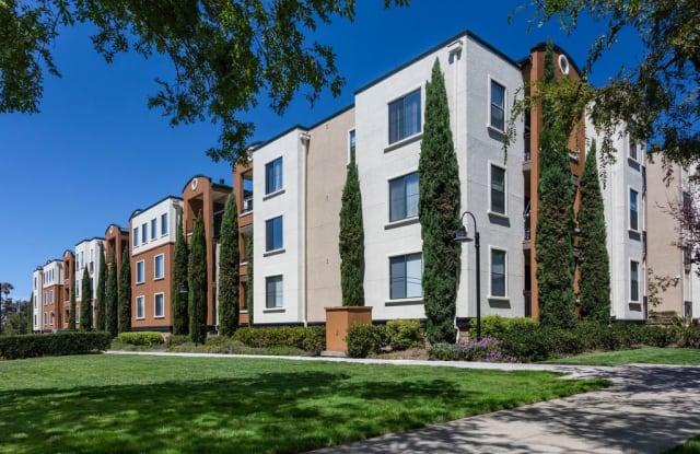 Bridgepointe Apartment Homes - 1987 Bridgepointe Cir, San Mateo, CA 94404