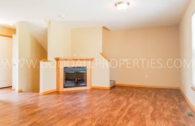 15404 Townsend Ave - 15404 Townsend Avenue, Urbandale, IA 50323