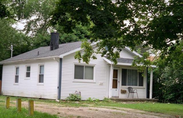 508 Lexington Ave - 508 Lexington Avenue, East Lansing, MI 48823
