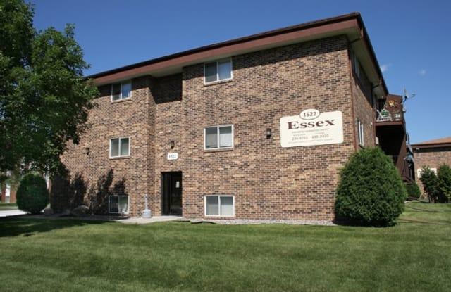 Essex - 1522 East Gateway Circle South, Fargo, ND 58103