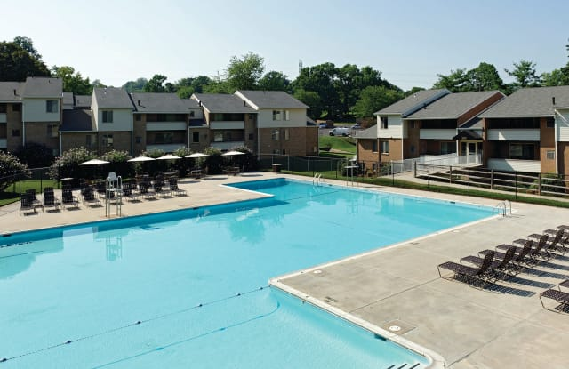 The Apartments at Saddle Brooke - 307 Foxfire Pl, Cockeysville, MD 21030