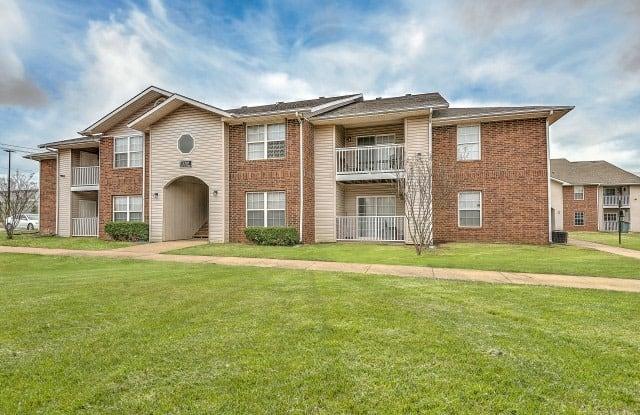 Flagstone Creek - 5101 Villa St, Bentonville, AR 72712