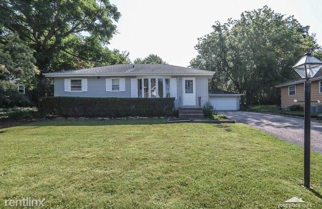 4633 Roslyn Road - 4633 Roslyn Road, Downers Grove, IL 60515
