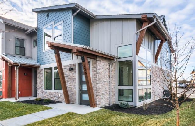 1260 East Lone Creek Drive, Building 9 - 1260 East Lone Creek Drive, Eagle, ID 83616