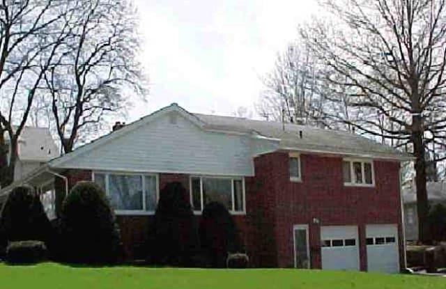 1103 College Street, Unit 1 - 1103 College Street, Cedar Falls, IA 50613