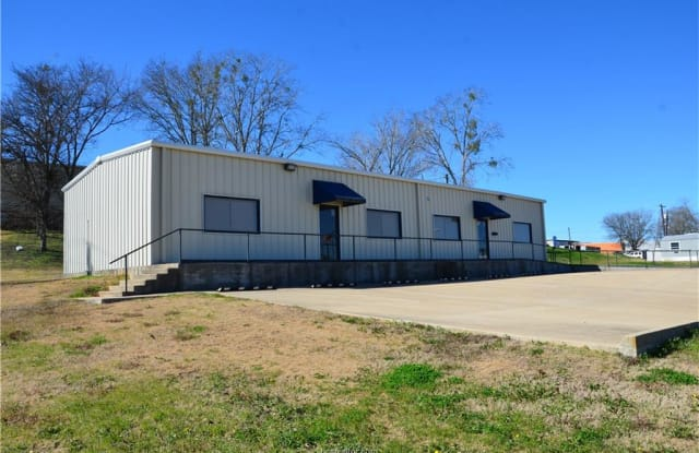 206 Wright Street - 206 South Wright Street, Caldwell, TX 77836