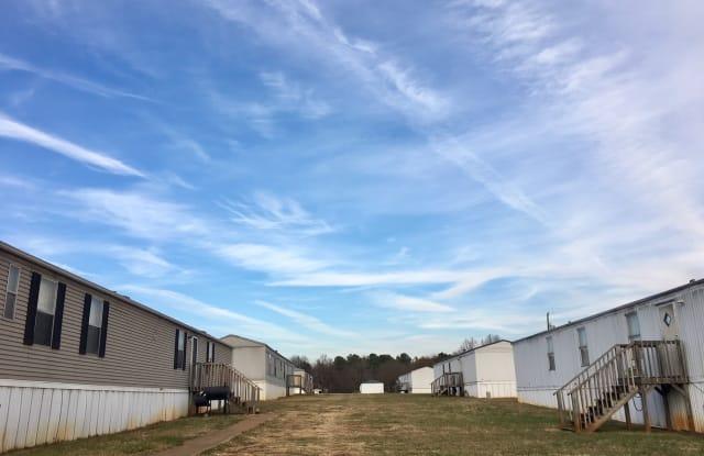Gateway Creek Mobile Home Community - 129 Providence Creek Road, Gaffney, SC 29341