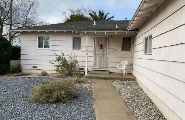 10401 Malaga Way - 10401 Malaga Way, Rancho Cordova, CA 95670