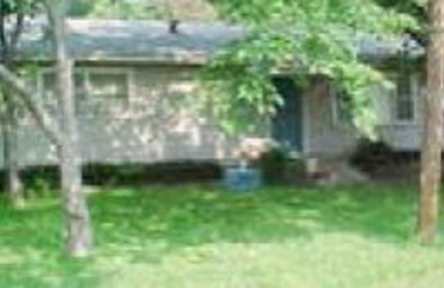 308 S Sherman St - 308 South Sherman Street, Pilot Point, TX 76258