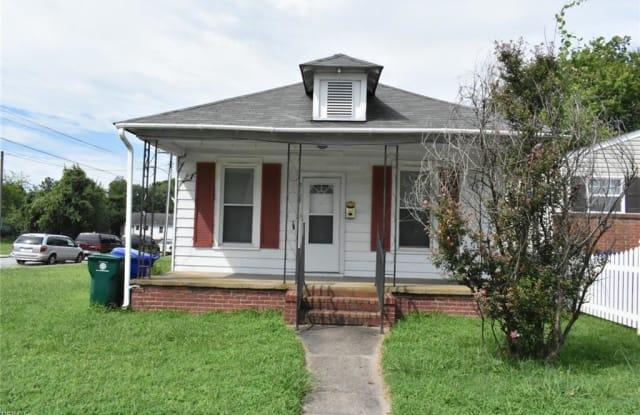 2103 Roanoke Avenue - 2103 Roanoke Avenue, Newport News, VA 23607