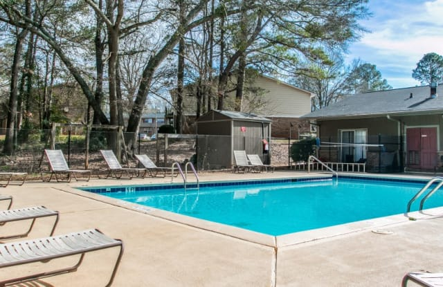 Serene at Riverwood - 130 Cole Manor Dr, Athens, GA 30606