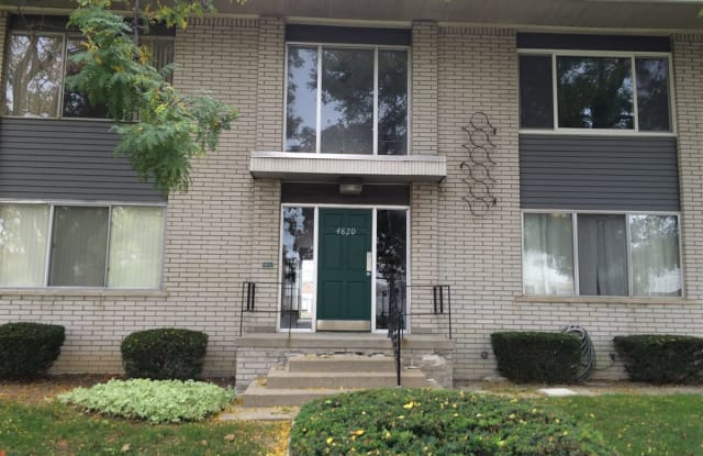 4820 Briarwood Ave - 4820 Briarwood Avenue, Royal Oak, MI 48073