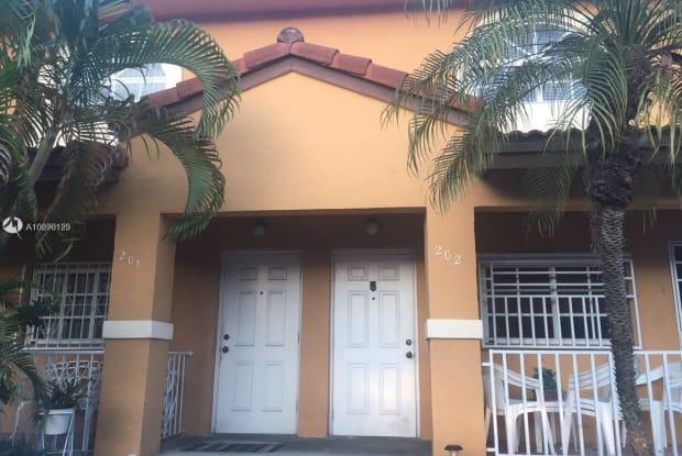 3502 W 80th St - 3502 West 80th Street, Hialeah, FL 33018