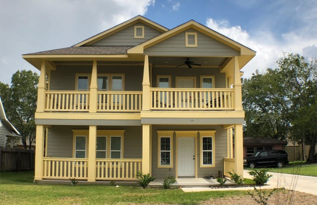 110 Southland Street - 110 Southland Street, College Station, TX 77840
