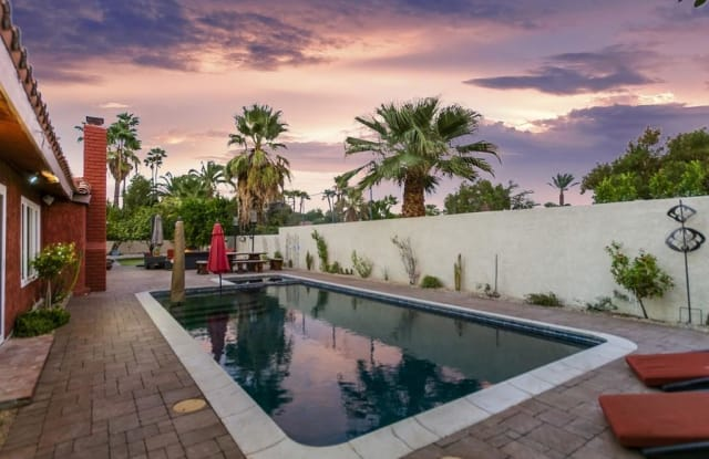 530 N Arquilla Road - 530 North Arquilla Road, Palm Springs, CA 92262