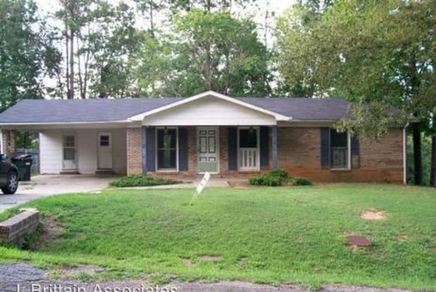 31 Carriage Road - 31 Carriage Rd, Saks, AL 36206