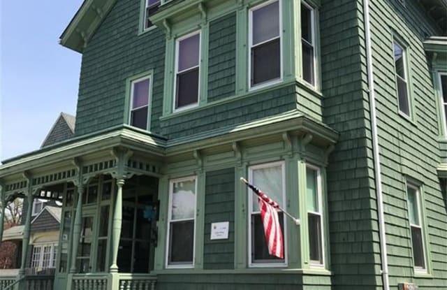 177 Highland Avenue - 177 Highland Avenue, Fall River, MA 02720