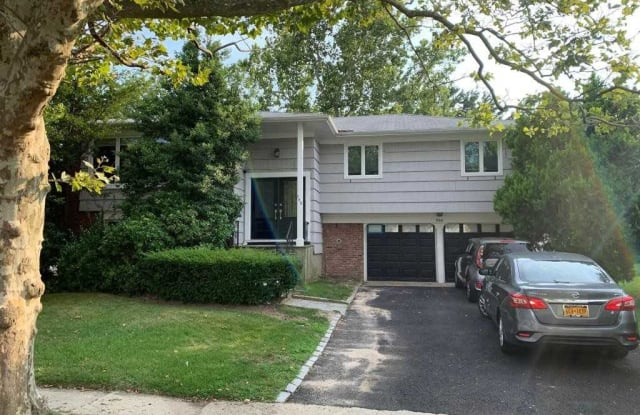 759 Caldwell Ave - 759 Caldwell Avenue, South Valley Stream, NY 11581