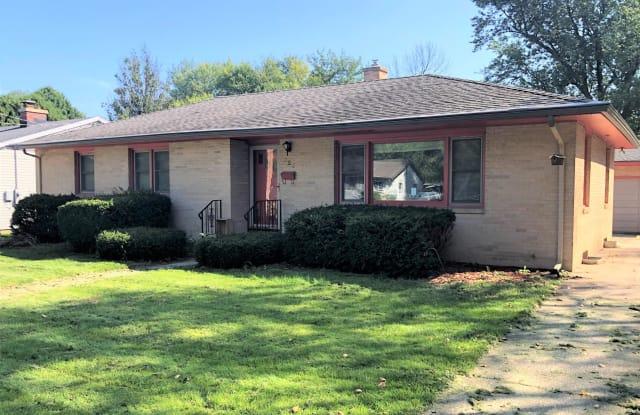 525 Charles Lane - 525 Charles Lane, Madison, WI 53711
